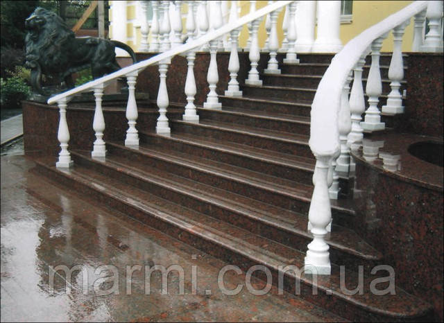 Гранитные лестницы