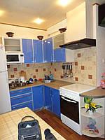 Кухня с фасадами пластик в алюминиевом профиле на заказ.