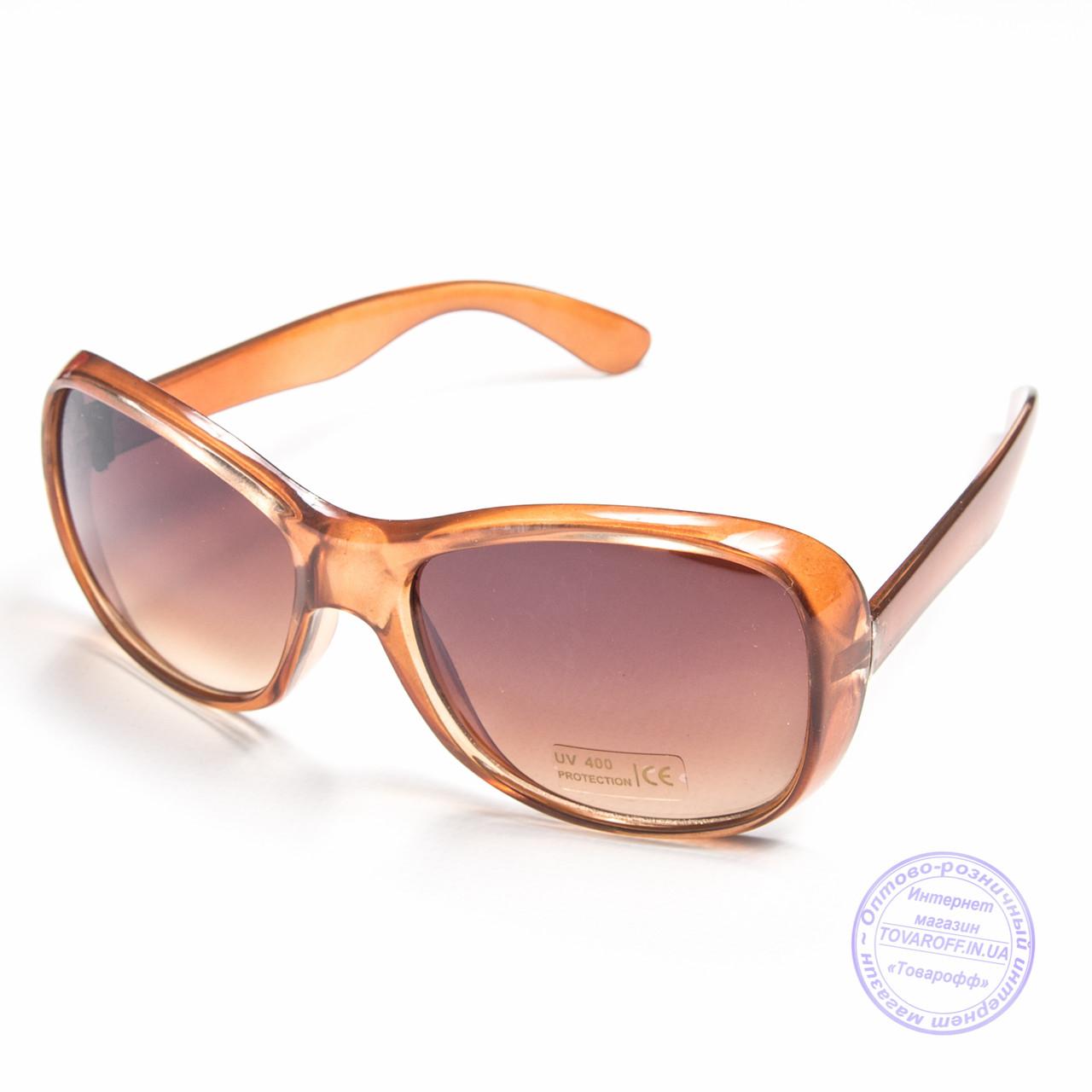 Оптом женские солнцезащитные очки - Коричневые - B922
