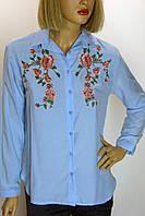 Блузка голубая с вышивкой Swanky