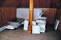 Киевляне массово сдают свою мебель в СЭС на проверку: больше половины оказывается токсичной