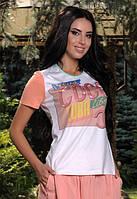 Женская футболка с принтом яркого цвета у-t6117395
