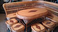 Уголок плетеный для дачи или сада