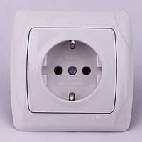 Розетка электрическая VIKO Carmen скрытой установки одинарная с заземлением (кремовая)