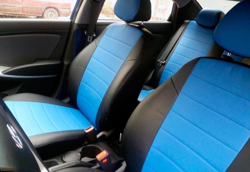 Авточехлы из экокожи черные с синим на  Nissan Tiida с 2015-н.в. хэтчбек. NEW