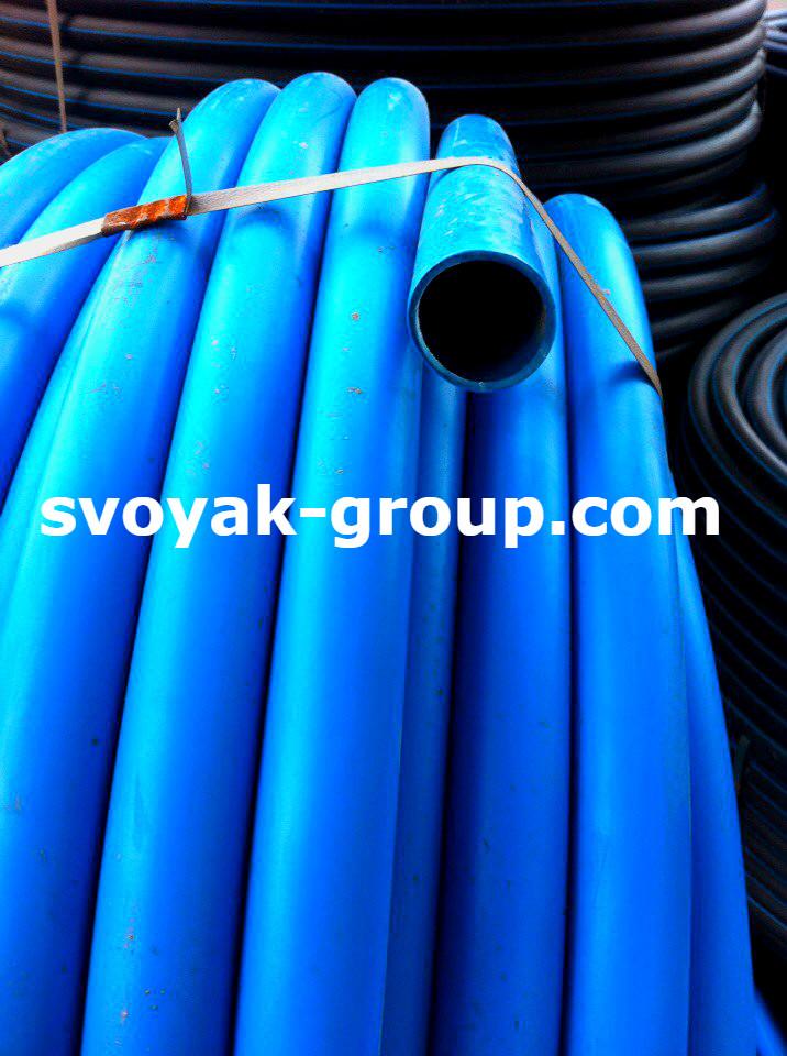 Труба полиэтиленовая синяя (пищевая)  32 мм. 6 атм.