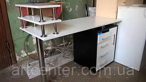Маникюрный стол  c УФ блоком