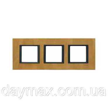 Рамка декоративная трехместная Шнайдер уника класс(Schneider Unica Class) кожа сахара