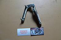 Завіса капота ліва (петля капота права) 3M5T-16800 Ford Focus C-Max 03-04, фото 1