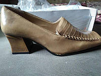 Туфли женские бежевые 36-23 см.