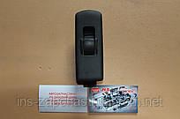 Кнопка управления стеклоподъемниками MR587944 Mitsubishi Colt 02-08