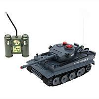 Танк боевой на радиоуправлении аккумулятор от сети F209. Свет. Звук. Лазер.