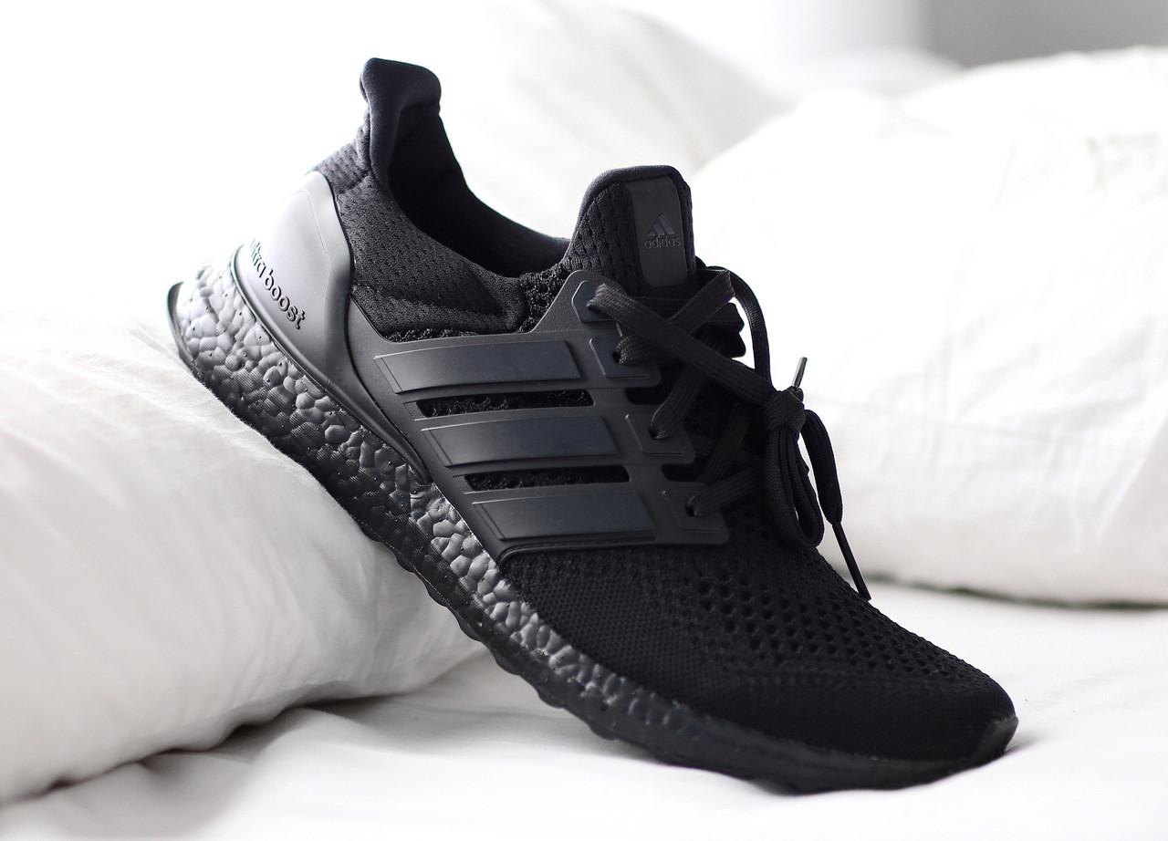 Кроссовки мужские Adidas Ultra Boost Triple Black купить в Украине ... d7a157c4c3571