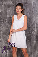 Шифоновое платье свободного прямого силуэта молочного цвета