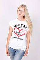 Белая молодежная стильная футболка с надписью