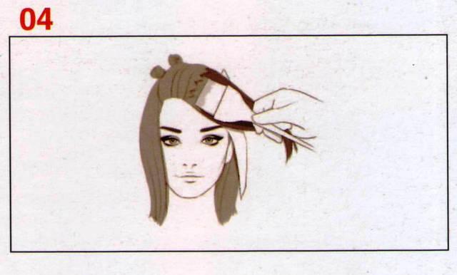 Наносим Формулу Д на волосы заколотые в зигзагообразные секции, от корней до кончиков. Используем фольгу, чтобы избежать контакта волос с предварительно окрашенными прядями Формулой С