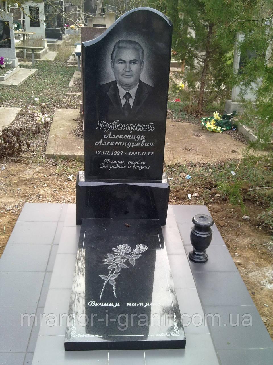 Изготовление памятников тюмень фотогалерея цены на памятники в смоленске р