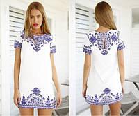 Летнее, легкое, женское мини-платье прямого кроя с ярким, этническим принтом. Фабричный Китай