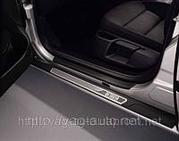 Накладки на пороги Octavia A5