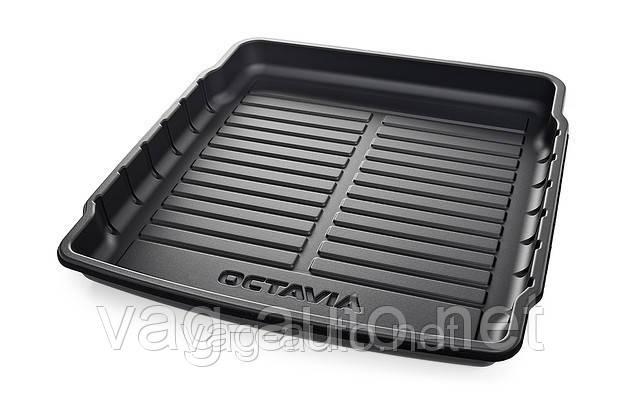 Пластиковый поддон в багажник Octavia A7