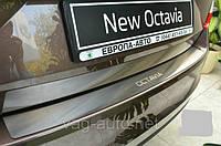 Накладка защитная на задний бампер Octavia A7 (5E) лифтбэк