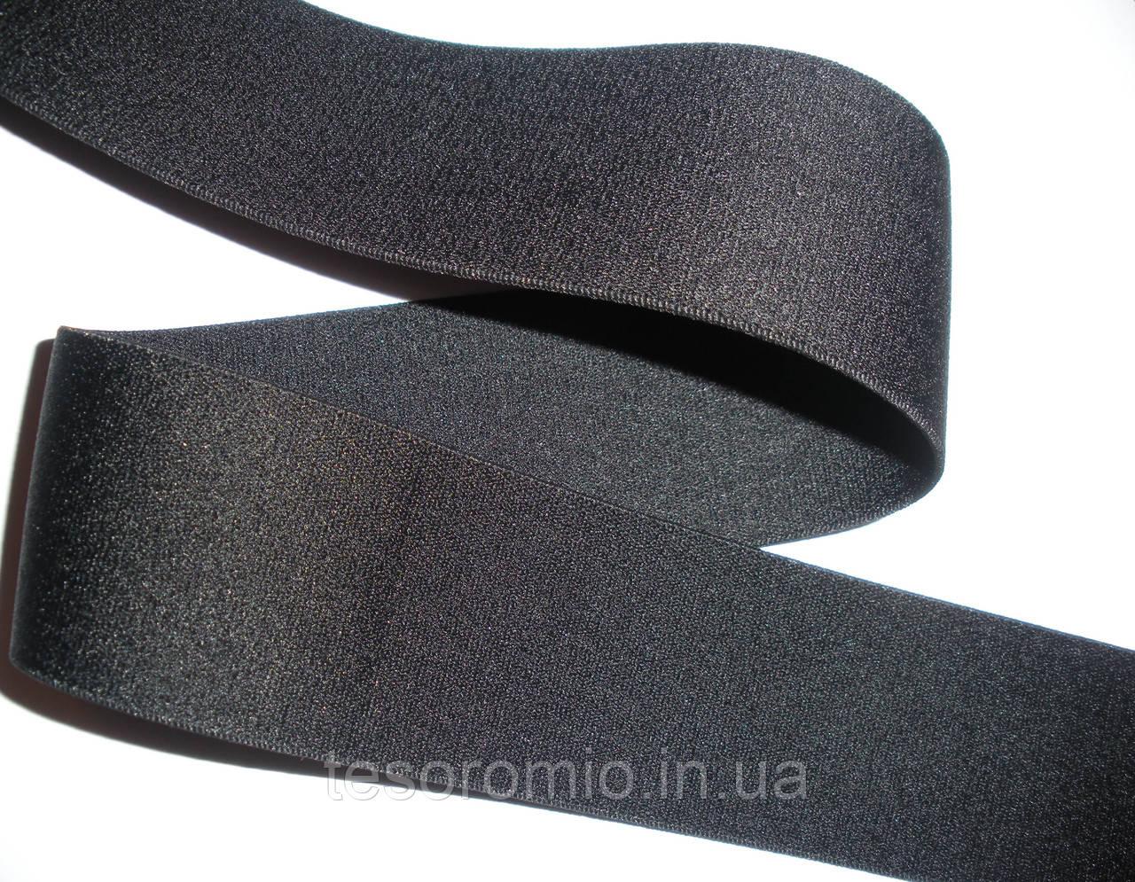 Резинка черная, гладкая, тугая, 4см