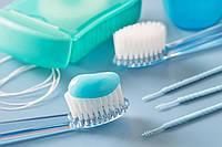 Профессиональная чистка зубов щеткой и пастой