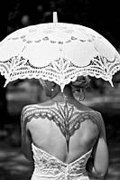 Кружевной зонт – интригующий аксессуар для изысканной барышни