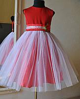 Нарядное платье на выпускной для девочки красное