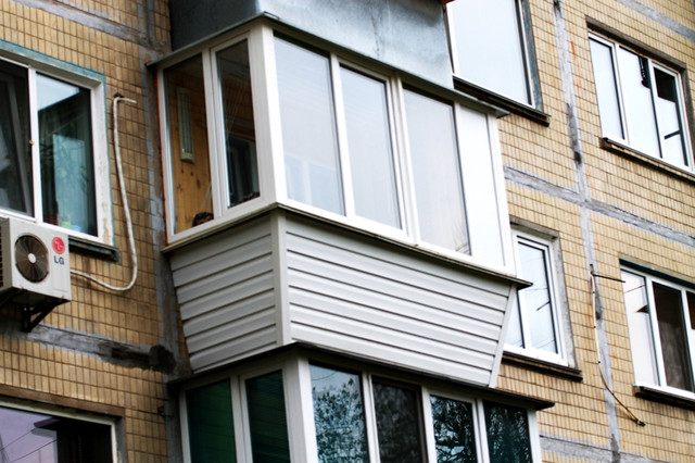 сколько времени делается ремонт балкона под ключ