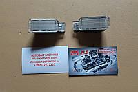 Фонарь вещевого ящика 4B0947415A sharan 98-10