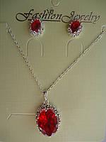 Набор Кулон и серьги-гвоздики с красным камнем Овал