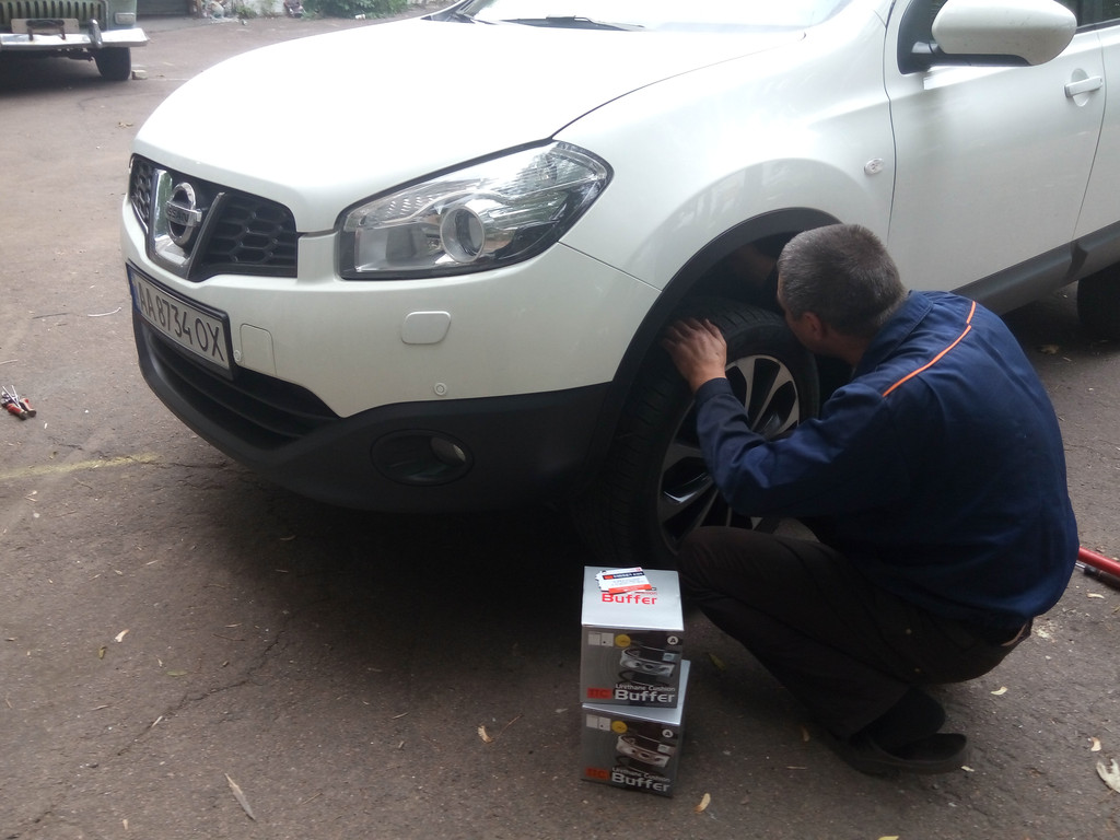 Установка автобаферов ТТС на Nissan Qashqai 2012