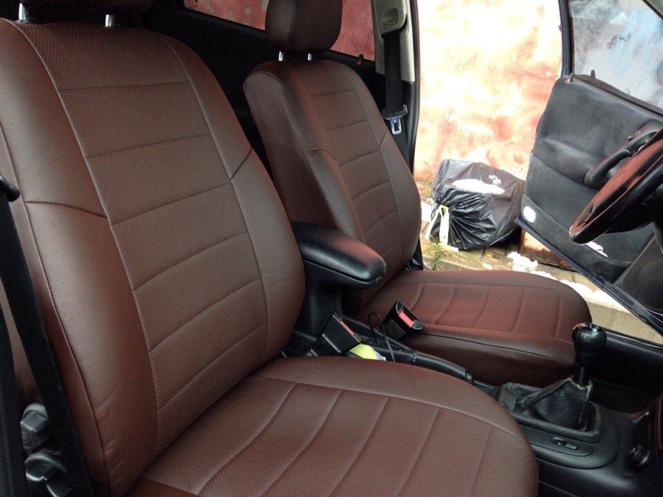 Авточехлы из экокожи шоколад на  Volkswagen Passat B 5 с 1996-2005г. Седан