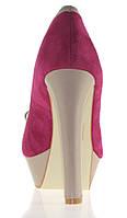 Женские туфли на толстом  каблуке Размеры 39,40