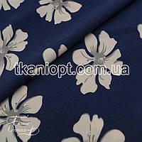Ткань Софт стрейч (гибискус)  темно-синий фон