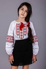Вышитая детская блуза крестиком красными нитками