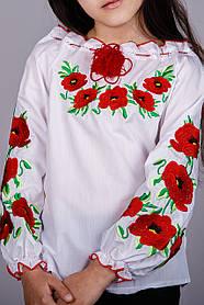 Вышитая блуза для девочки с красными маками