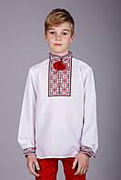 Вышитая сорочка крестиком на белом батисте с необычным орнаментом