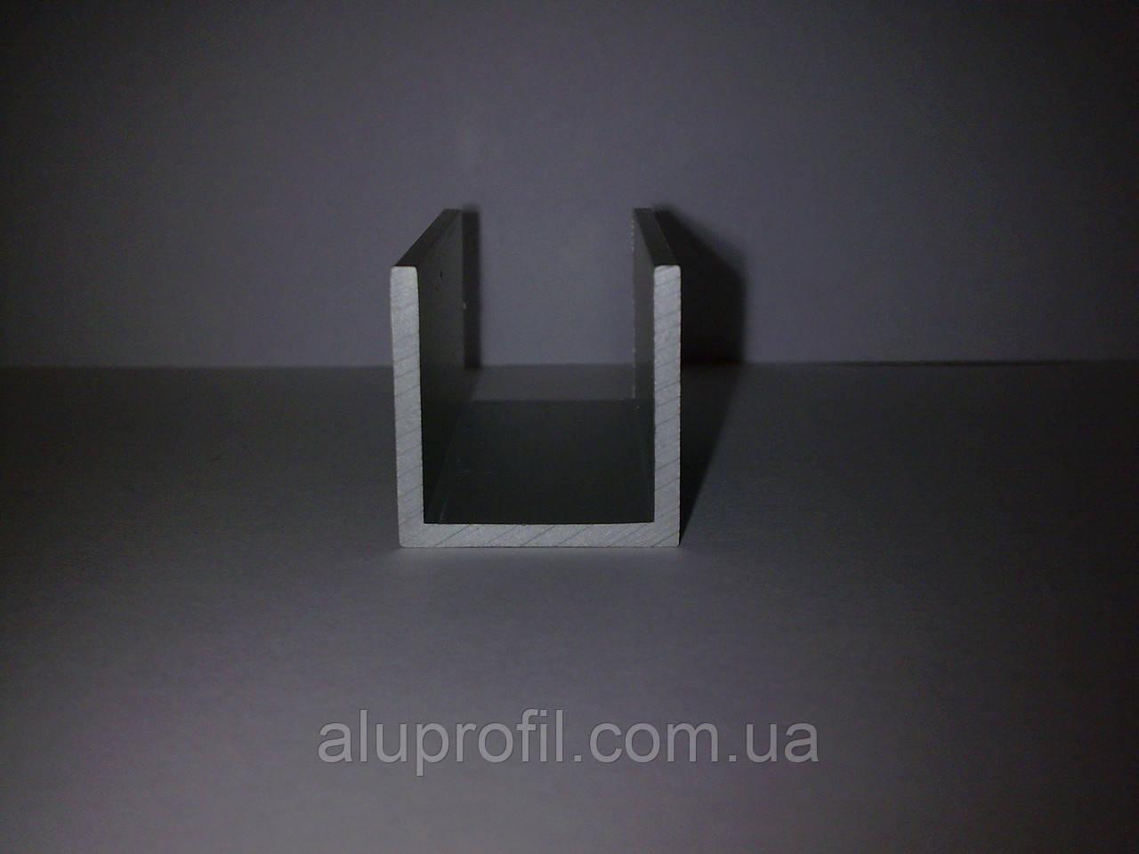 Алюминиевый профиль — швеллер размером 25х25х2 Б/П