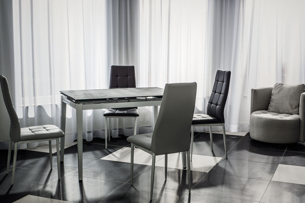 Стол обеденный Onyx (Atreve)