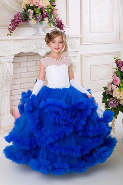 Детские нарядные выпускные платья для девочек