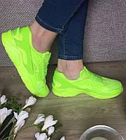 Женские кроссовки салатового цвета