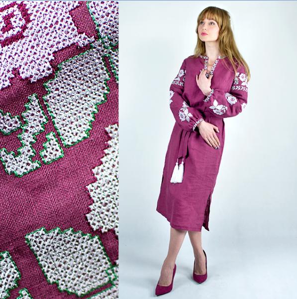 Жіноча сукня з вишивкою -  Квіти