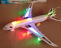 Самолет на батарейках музыкальная , свет 45см
