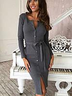 Женское стильное платье на пуговках.