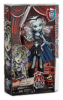 Кукла Monster high Frankie Stein Freak du Chic (Френки Штеин Фрик дю Шик CHX98