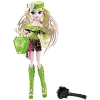 Кукла Монстер хай Бетси Кларо Монстры по обмену Monster High Brand-Boo Students Batsy Claro Бэтси