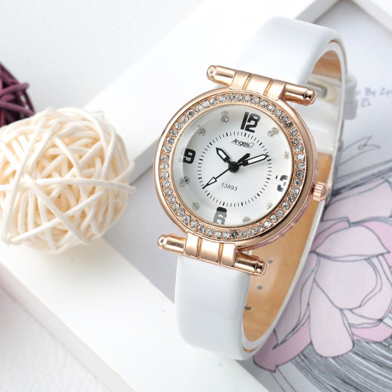 Часы женские наручные Andy white