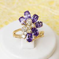 002-2404 - Позолоченное кольцо с фиолетовыми и прозрачными фианитами, 17 р.